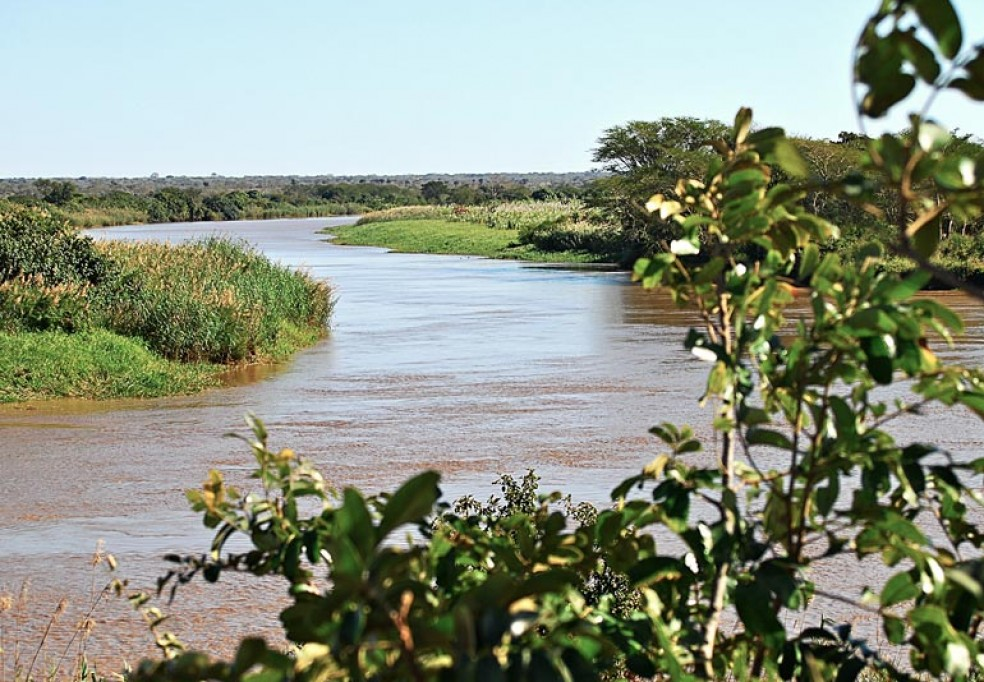 Environmental and Economic Impact in the Incomáti River Basin
